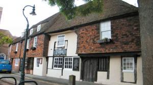 The Parrot Pub Dining & Ale House