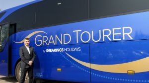 Shearings Holidays unveils its brand new grand tourer livery