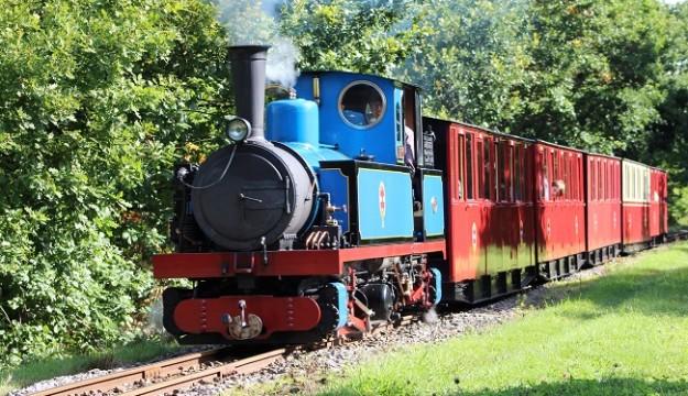 Head to Kirklees Light Railway