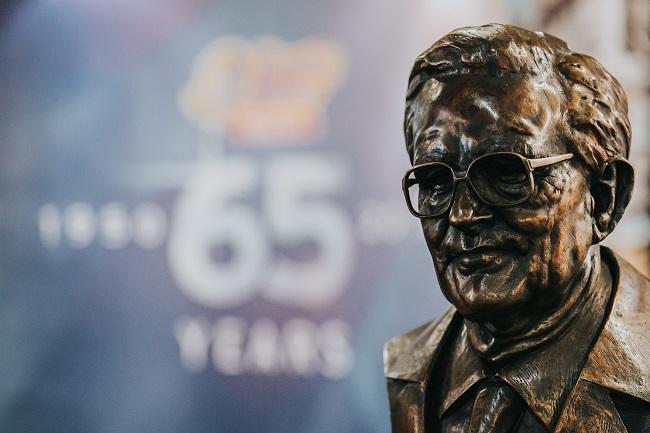 George Bryan bronze bust..