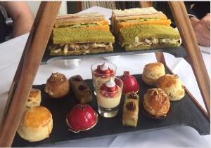 Waddesdon Manor Cake Stand