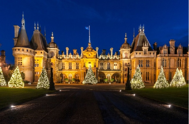 winter light at waddesdon for a sparkling christmas. Black Bedroom Furniture Sets. Home Design Ideas