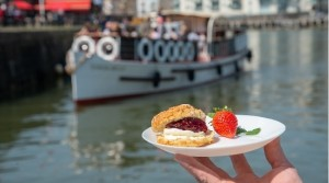 Cruising the River Avon with Bristol Packet Boat Trips