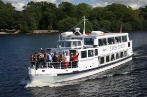 Sweeney Cruises marlin busy (1)