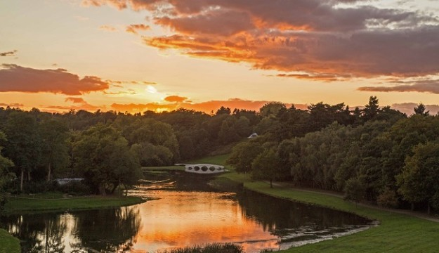 Painshill Park to Welcome Tour Buyers at Group Booking Event