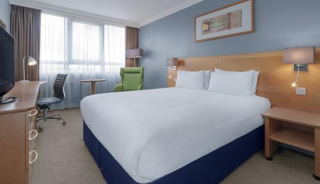 Holiday Inn London- Kensington Forum unveils new multi-million pound refurbishment